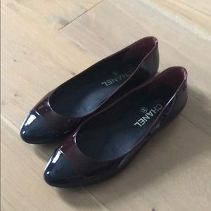 Chanel burgundy and black lacquered flat shoes